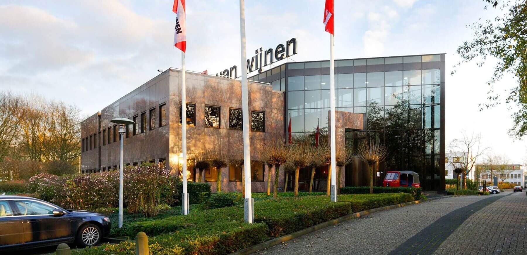 Hoodkantoor Van Wijnen in Baarn
