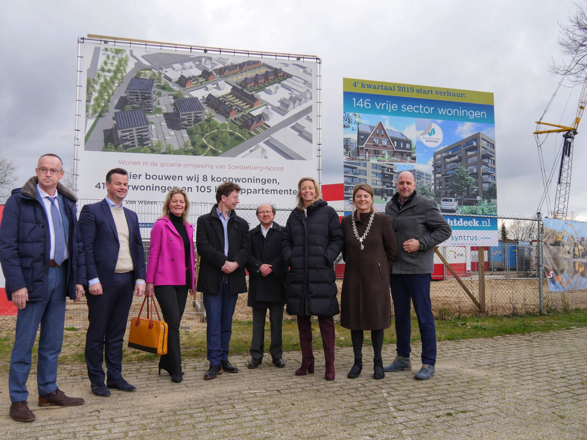 Minister Kajsa Ollongren bezoekt bouwplaats Soesterberg-Noord