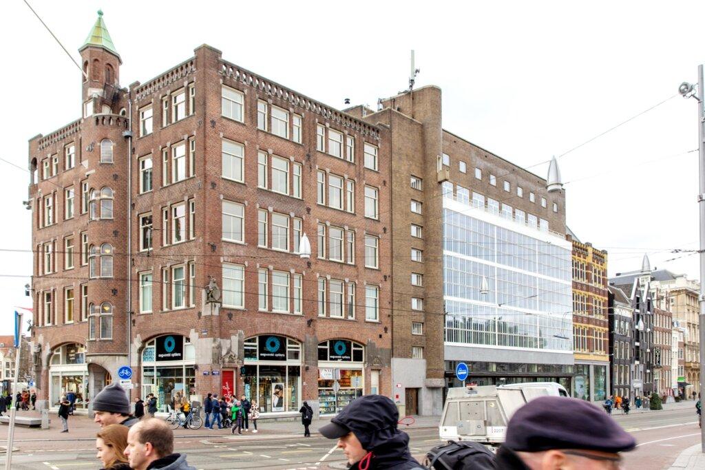 Amsterdam, VD, Van Wijnen, monumentaal